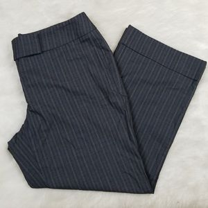 NY & co capri pants